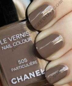 I loooove this color. Summer's coming and its time to shine it on the toes again! chanel taupe nails 505  Particuliere