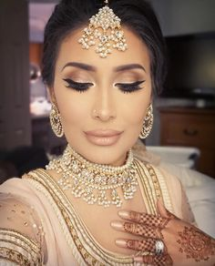 DressYourFace  ❤❤♥For More You Can Follow On Insta @love_ushi OR Pinterest @ANAM SIDDIQUI ♥❤❤