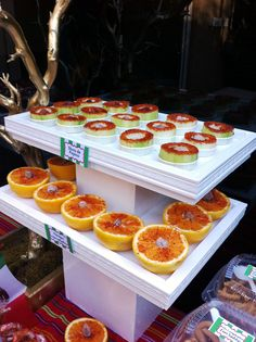 Cucumber shots and Oranges with dry salted plums (saladitos)