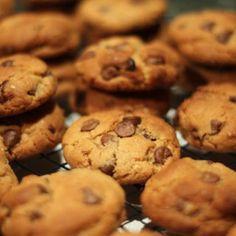Bread Baking, Chip Cookies, Cake Pops, Cookie Dough, Nom Nom, Biscuits, Starbucks, Deserts, Food And Drink