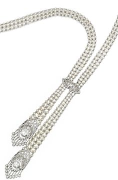 Long view: Edwardian seed pearl and diamond sautoir, J.E. Caldwell. Circa 1905. Via Diamonds in the Library.