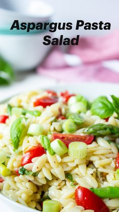 Grilled Asparagus Recipes, Asparagus Pasta, Fresh Asparagus, Healthy Salad Recipes, Vegetarian Recipes, Vegetarian Salad, Cooking Recipes, Rice Salad Recipes, Healthy Pasta Salad