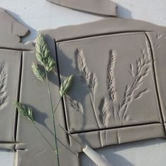 Meadow botanical tiles in the making! 2019 Meadow botanical tiles in the making! The post Meadow botanical tiles in the making! 2019 appeared first on Clay ideas. Slab Pottery, Ceramic Pottery, Pottery Art, Pottery Houses, Pottery Designs, Pottery Ideas, Diy Clay, Clay Crafts, Arts And Crafts
