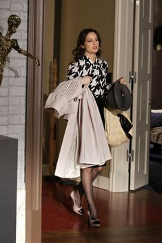 """Blair Waldorf in the episode """"The Debarted""""....."""