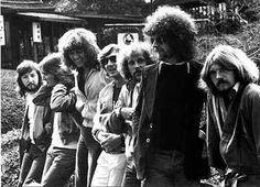 Electric Light Orchestra @ Cobo Hall, Detroit March 4, 1976 setlist Fire on High Poker Nightrider Ocean Breakup / King of the Universe Oh No Not Susan Bluebird Is Dead New World Rising / Ocean Breakup (Reprise) Cello Solo Showdown Eldorado Overture Can't Get It Out of My Head Poor Boy (The Greenwood) Illusions in G Major Eldorado Eldorado Finale Violin Solo Strange Magic 10538 Overture / Do Ya Evil Woman Ma-Ma-Ma Belle Encore: Roll Over Beethoven