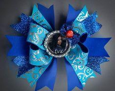 Items similar to Evie Dress - Descendants Evie Dress - Evie Dress with Capelet - Evie Costume - Evie Descendants Costume - Royal Blue Costume on Etsy Birthday Pins, Minnie Birthday, Birthday Tutu, Evie Descendants, Descendants Costumes, Minnie Mouse Costume, Minnie Mouse Party, Evie Costume, Disney Hair Bows