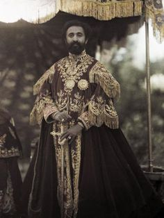 Africa - Haile Selassie,the Emperor poses in traditional, ceremonial, coronation clothing. African Culture, African American History, Black Royalty, Haile Selassie, African Royalty, Lion Of Judah, Kaiser, Black Is Beautiful, African History
