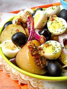 Ensalada templada de patatas con vinagreta de mostaza