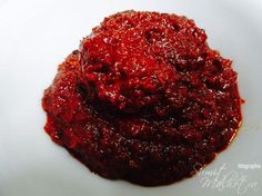 Vindaloo paste recipe is a classic Goan curry paste recipe. Vindaloo paste is one of the few pastes made in India with a blazing red color.