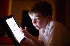 """Post hit! I termini del decreto sugli eBook nella scuola, come ci presentiamo nei social network, il successo di """"Breaking Bad""""   Laboratorio di Tecnologie Audiovisive"""