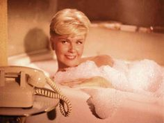 mis actrices preferidas — Doris Day I´ve just seen a face Robert Montgomery, Gene Kelly, Ringo Starr, Les Brown, Hero Movie, Him Band, Dory, American Actress, Singer