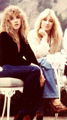 Stevie Nicks & Christine Mcvie of Fleetwood Mac Lindsey Buckingham, Buckingham Nicks, Gi Joe, Alternative Rock, Hip Hop, Stevie Nicks Fleetwood Mac, Women Of Rock, Indie, We Will Rock You