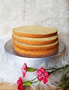 Vegaaninen täytekakkupohja - Urbaani vegenda Vegan Cake, Margarita, Vanilla Cake, Treats, Cookies, Sweet, Desserts, Food, Vanilla Sponge Cake