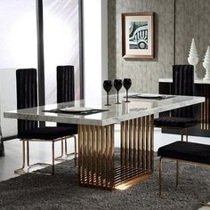 Ideas and Inspiration for Modern Dining Room Furniture Design Luxury Dining Tables, Luxury Dining Room, Modern Dining Table, Dining Table In Kitchen, Antique Dining Tables, Metal Dining Table, Gold Table, Outdoor Dining, Dining Room Sets