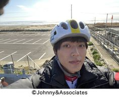 Princes Diaries, Johnny's Web, Bicycle Helmet, King, Fashion, Moda, Fashion Styles, Cycling Helmet, Fashion Illustrations