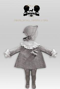 Nueva Colección Twins. Looks winter 2015-16. Capota y chaqueta en lana, camisa y ranita en punto smock todo hecho a mano.