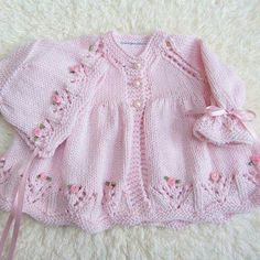 Hand Knit Cotton Baby Set by jayceeoriginals on EtsyLace baby jacket (knit with crLace cardi & matching hat with ribbon embroidered roses ~~ jaycee originalsThis Pin was discovered by AylDiscover thousands of images about Hirka Knitted Baby Cardigan, Knitted Baby Clothes, Baby Set, Sweater Knitting Patterns, Knit Patterns, Knitting For Kids, Hand Knitting, Baby Girl Sweaters, Sweater Set