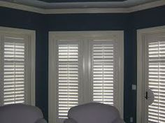 Cafe style shutters are available in different materials, finishes and louver sizes so that every buyer can find the perfect style for their house.