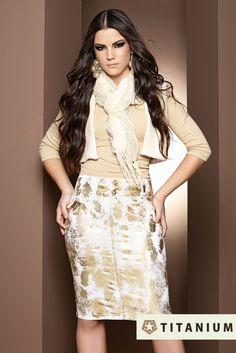 Sempre apostando nas principais tendências do mundo da moda, a Titamium Jeans trouxe para sua nova coleção de inverno o foil em suas saias, conferindo um visual moderno sem perder a elegância.     Confira: http://www.titaniumjeans.com.br/blog/index.php?id=38