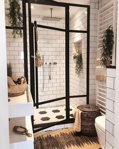 Badezimmer Inspiration // Andrea Groot Das perfekte Zuhause im skandinavischen S… Bathroom Inspiration // Andrea Groot The perfect home in the Scandinavian style – Bad Inspiration, Bathroom Inspiration, Home Decor Inspiration, Decor Ideas, Bathroom Inspo, Bathroom Designs, Diy Ideas, Bath Ideas, Home Interior