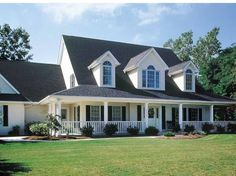 Farmhouse House Plan with 3037 Square Feet and 4 Bedrooms from Dream Home Source | House Plan Code DHSW01562