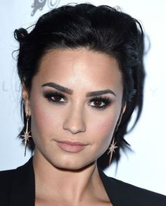 Demi Lovato Has a New Makeup Line? Demi Lovato Makeup, Nyc Cosmetics, Gap Teeth, Brunette Makeup, The Beauty Department, Glamour Magazine, Portrait Inspiration, Makeup Collection, Life Is Beautiful