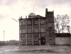 A győri csillagvizsgáló. 1959. április 30-án, csütörtökön este fél 7-kor avatták fel a vagongyári csillagászati szakkör új távcsövét. Pisa, Ankara, Tower, Building, Travel, Construction, Voyage, Rook, Trips