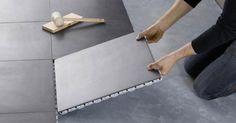 Le carrelage clipsable, contrairement au carrelage en granit, en marbre ou en travertin, n'a pas besoin d'être collé. Encore peu utilisé par les consommateurs, il est pourtant très facile d'installation, offre les mêmes qualités qu'un carrelage « normal »