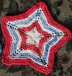 Free knitting pattern for Star Dishcloth and more star knitting patterns : Free knitting pattern for Star Dishcloth and more star knitting patterns Owl Knitting Pattern, Knitted Dishcloth Patterns Free, Knitted Washcloths, Crochet Dishcloths, Knitting Patterns Free, Knit Patterns, Quick Knits, Crochet Cross, Christmas Knitting