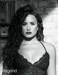 Demi Lovato photographed by Dennis Leupold for the November 2017 issue of Magazine Demi Lovato Music, Demi Lovato Quotes, Demi Lovato Style, Demi Lovato 2017, Selena Gomez, Camp Rock, Ariana Grande, Demi Love, Dennis