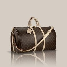Keepall Bandoulière 50 via Louis Vuitton 1070€