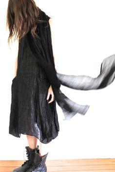 Oh, 90s. mandula  black dress, black boots