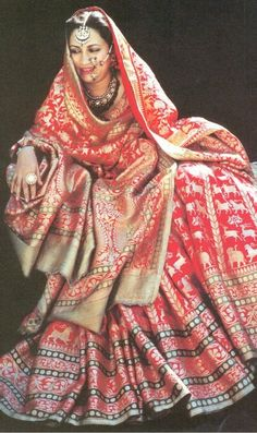 Princess Mehrunissa of Rampur (Princess Mehrunissa Khan after marriage) was the only child of the beloved but unofficial third queen of t. Indian Wedding Outfits, Indian Outfits, Pakistani Dresses, Indian Dresses, Look Short, Patiala, Sharara, Shalwar Kameez, Lehenga Choli