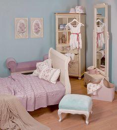 Girl's #romantic #bedroom www.inart.com #pink #country