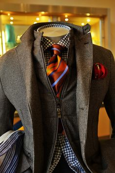 the tie and hanky set it off! | Raddest Men's Fashion Looks On The Internet: http://www.raddestlooks.org