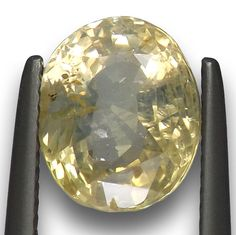5.16 ct Lustrous Vivid  Natural Yellow Sapphire From Sri Lanka Unheated Z390