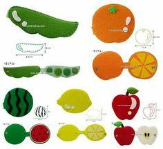 Pedagogia- livro sensorial- molde feltro - Feltro e moldes para artesanato Infant Activities, Activities For Kids, Transportation Crafts, Diy Quiet Books, Book Quilt, Baby Disney, Kids Rugs, Couture, Quilts