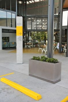 Quatro Design - GRC pots planters planterboxes water features
