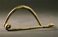 Roman Green Bronze Soldiers Wire Fibula Pin