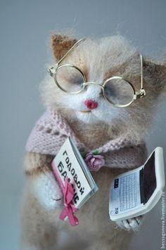 кошка БУХГАЛТЕР вязаная - белый,кот,кошка,игрушка ручной работы,игрушка