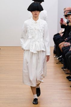 Comme des Garçons Comme des Garçons Spring 2015 Ready-to-Wear - Collection - Gallery - Look 39 - Style.com