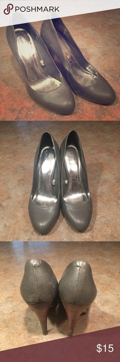 Mossimo Gray Pumps Heels Mossimo Gray Pumps Heels - size 7. Good condition! Mossimo Supply Co Shoes Heels
