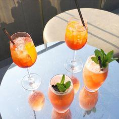 Cocktail time sur le rooftop du @whotels #Amsterdam  @juliezwing @marion_pez @jenandtheflair