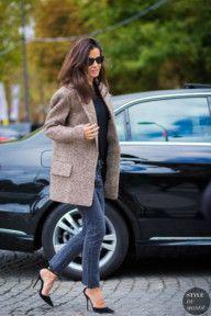 STYLE DU MONDE / Paris SS 2017 Street Style: Barbara Martelo  #Fashion, #FashionBlog, #FashionBlogger, #Ootd, #OutfitOfTheDay, #StreetStyle, #Style