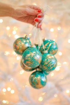 How to make gold marbled Christmas ornaments.