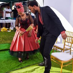 Shweshwe Traditional Wedding Dresses For South African - Fashion African Print Wedding Dress, African Bridesmaid Dresses, African Wedding Attire, African Wear Dresses, African Attire, Setswana Traditional Dresses, South African Traditional Dresses, Seshoeshoe Dresses, Shweshwe Dresses
