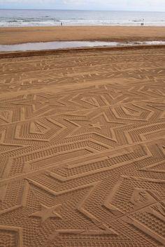 A Sign in Space c'est le nom de cette installation réalisée en Espagne sur la plage de Laga par l'artiste Gunilla Klingberg