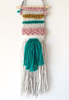 Mini Woven Wall Hanging // Happy Spring!