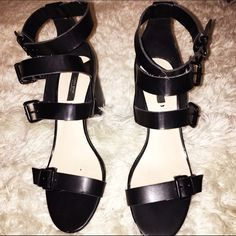 Zara strap buckle heel Zara basic collection. Still in great condition only worn twice. Zara Shoes Heels