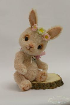 A rabbit friend of Teddy Bear van mishmashim op Etsy